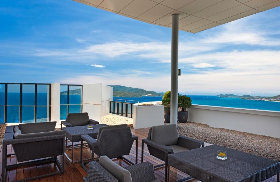 Sheraton Club Lounge Terrace