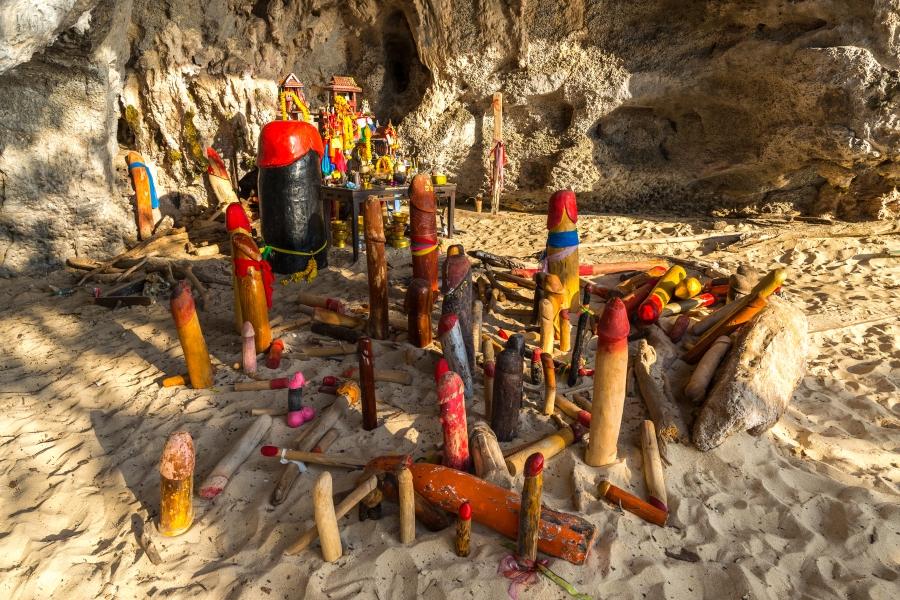 Pranang Cave (Princess Cave)